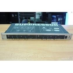 Behringer Suppressor DE 2000